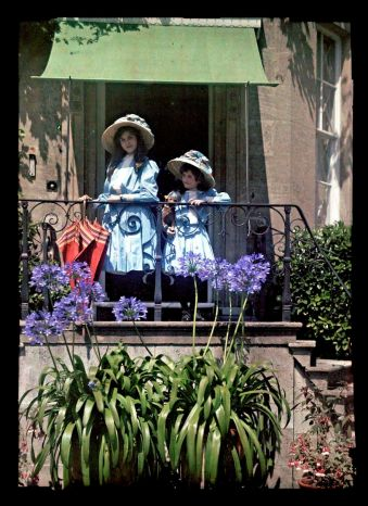 first-color-photos-vintage-old-autochrome-lumiere-auguste-louis-20