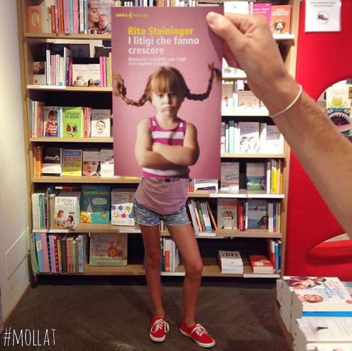 people-match-books-covers-librairie-mollat-12