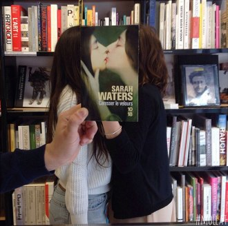 people-match-books-covers-librairie-mollat-16