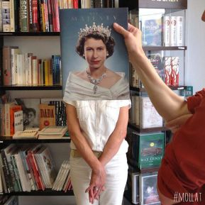 people-match-books-covers-librairie-mollat-6
