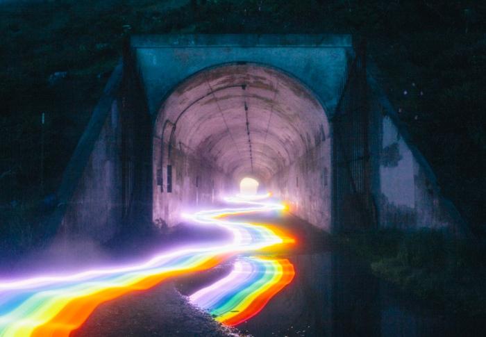 'The Rainbow Road', un proyecto repleto de luz, color e imaginación…